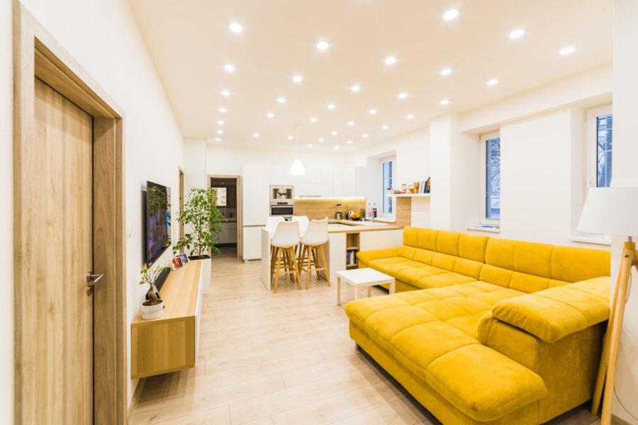 PREDANÝ – IBA U NÁS: Veľkometrážny 3 ib v tehlovej bytovke, 111 m2, centrum BB