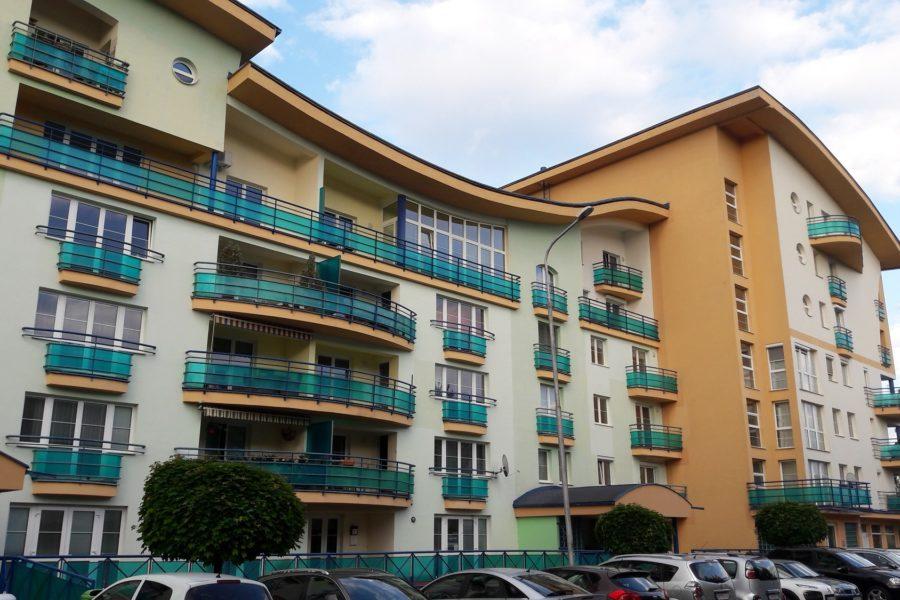 PREDANÝ – Predaj atypického 3 izb. bytu – Zelená ulica, 137 m2