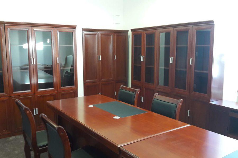 Prenájom zariadenej kancelária (20 m2) na Bakossovej ulici, centrum BB