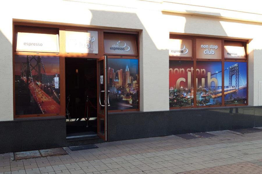 PRENAJATÉ – Prenájom obchodných priestorov v centre Zvolena