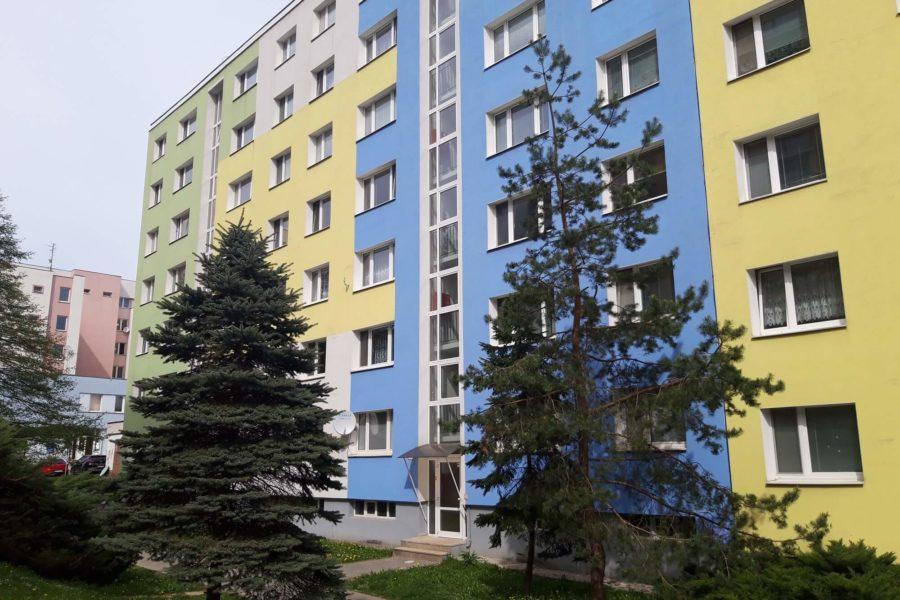 PREDANÝ – Predaj 4 ib na sídlisku Sásová po čiastočnej rekonštrukcii (83,31 m2), B. Bystrica