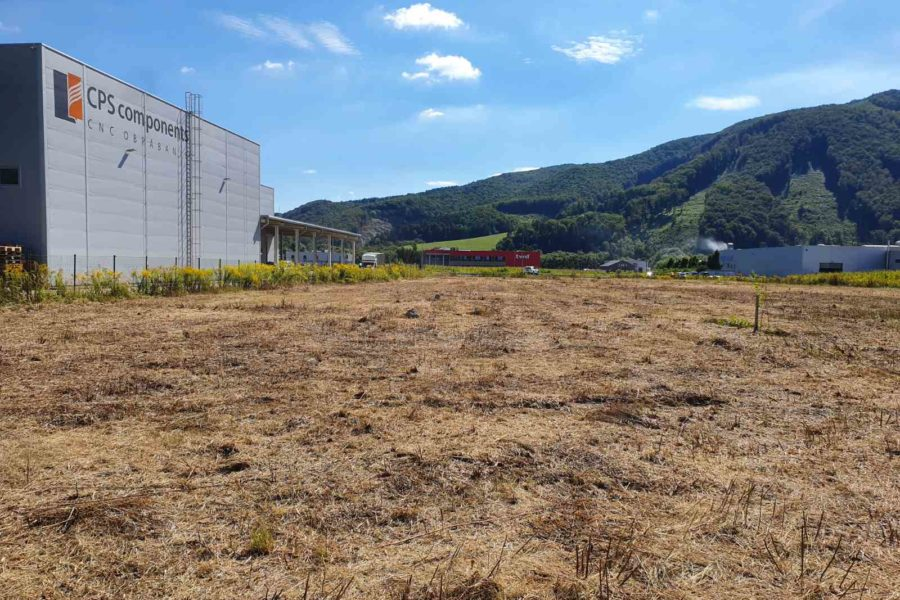 Stavebný pozemok na výstavbu priemyselnej haly s príslušenstvom, Banská Bystrica