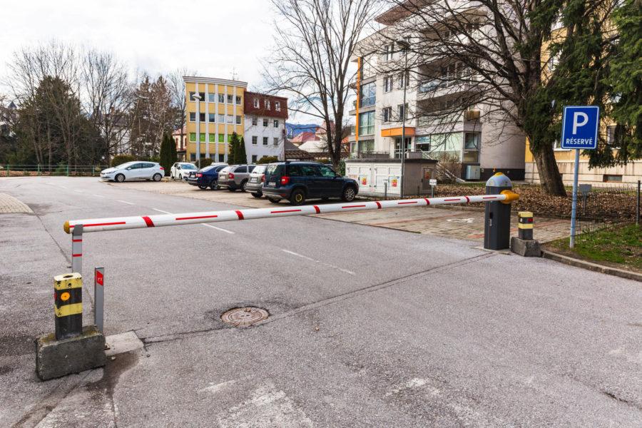 PRENAJATÝ – Prenájom 3 ib v novostavbe v centre mesta Banská Bystrica, Dolná ulica