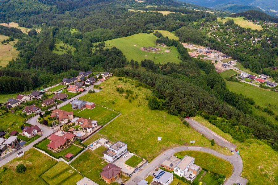 Predaj stavebného pozemku v Banskej Bystrici, lokalita Suchý Vrch (807 m2)
