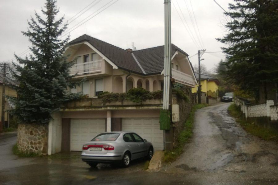PREDANÝ – Predaj nadštandardného rodinného domu vo vyhľadávanej lokalite, Rudlová