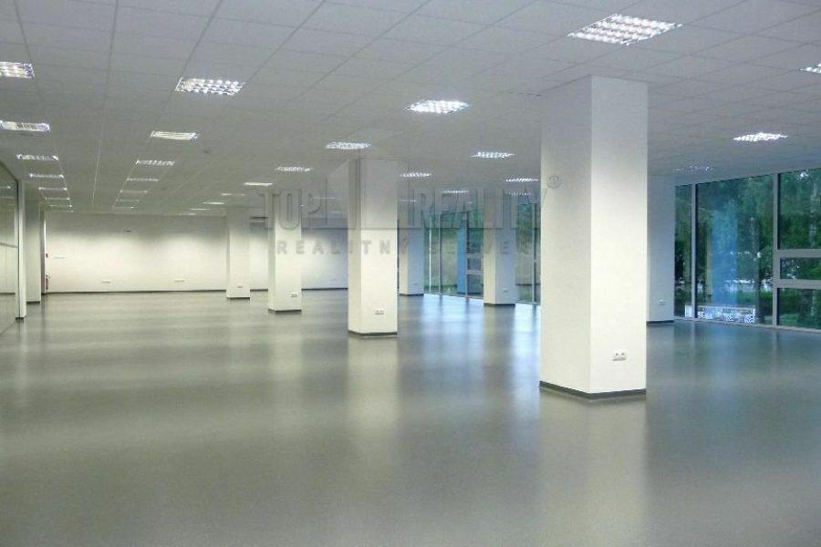 PRENAJATÉ – Prenájom obchodných priestorov na Fončorde (338,60 m2) v OD Mladosť, Banská Bystrica